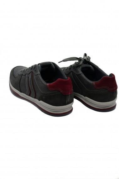 Pantofi sport gri barbati din piele intoarsa