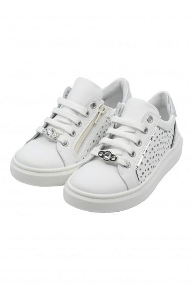 Pantofi sport fete din piele naturala albi cu decoratiuni argintii