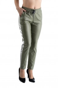 Pantaloni Imitatie Piele Verde cu Vipusca Alb Sidefat Hadley