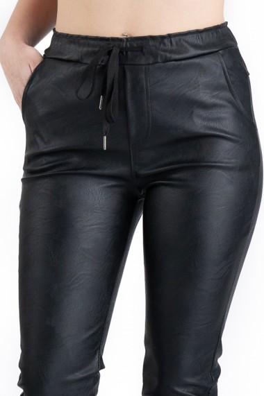Pantaloni Piele Ecologica Tip Boyfriend Negri Tessa Marime Mare