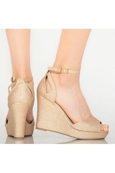 Sandale cu platforma dama Idal roze