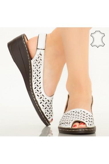 Sandale piele naturala Goy albe