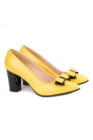 Pantofi cu toc dama din piele naturala galbena 4135