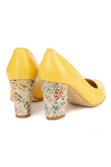 Pantofi cu toc dama din piele naturala galbena 4159