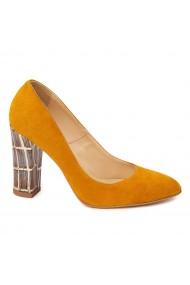 Pantofi cu toc eleganti din piele naturala camel cu toc imbracat 4440