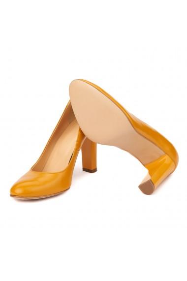 Pantofi eleganti din piele naturala camel cu toc vopsit 4441