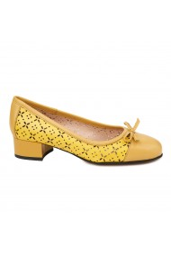 Pantofi cu toc mic din piele naturala galbena 4737