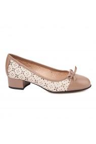 Pantofi cu toc mic din piele naturala bej 4739