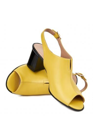 Sandale elegante din piele naturala galbena 5412