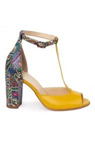 Sandale elegante din piele naturala galbena 5591