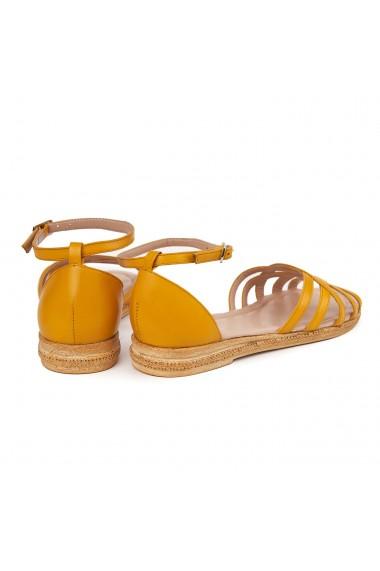 Sandale dama plate din piele naturala galbena 5613