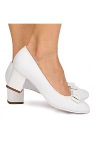 Pantofi dama din piele naturala alba 9011