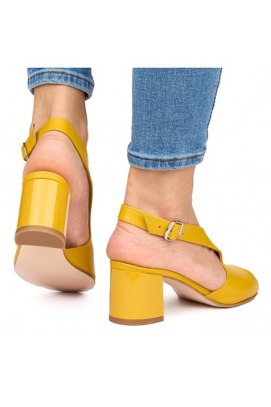 Sandale elegante din piele naturala galbena cu toc gros 9063