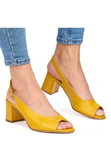 Sandale elegante din piele naturala galbena cu toc gros 9066