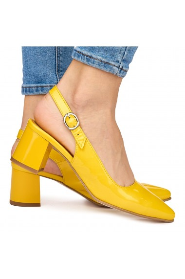 Sandale elegante din piele naturala galbena cu toc gros 9070