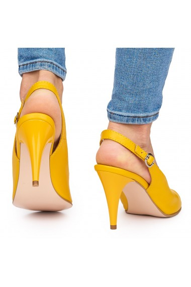 Sandale elegante din piele naturala galbena cu toc subtire 9072