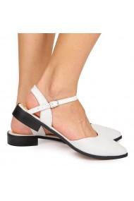 Sandale elegante din piele naturala cu toc mic albe 5224