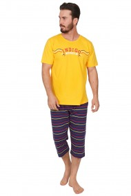 Pijama barbateasca model Yellow Rebel tricou cu maneca scurta si pantalon 3/4