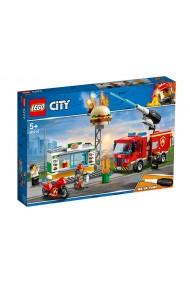 Stingerea incendiului de la Burger Bar Lego City