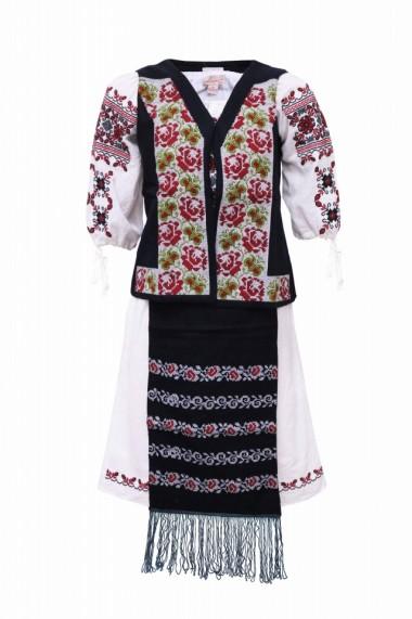 Costum dama cu motive traditionale DAE3868