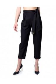 Pantaloni drepti Ak 171245 Negru