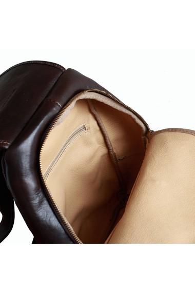 Rucsac de dama din piele maro ciocolatiu model R101