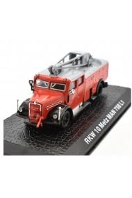 Macheta de colectie masina de pompieri RKW 10 Metz MAN 758 L1 rosu scara 1:72