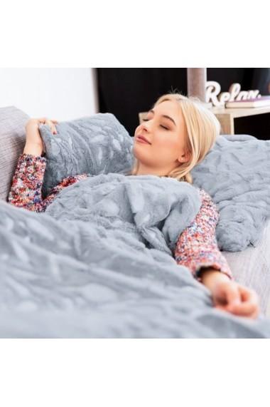 Patura groasa cu 2 fete Relaxdays flece si blana artificiala pled captusit 220 x 240 cm model pene gri