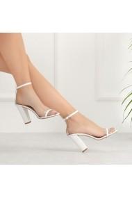 Sandale cu toc DELISIYIM Mapini Alb