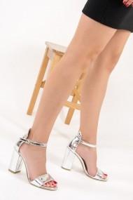 Pantofi cu toc Fox Shoes F283283034 argintiu