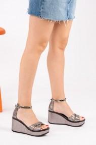 Sandale cu platforma Fox Shoes H820000314 argintiu - els