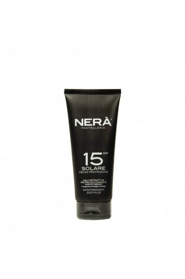 Crema pentru protectie solara medium  SPF15  Nera  200 ml