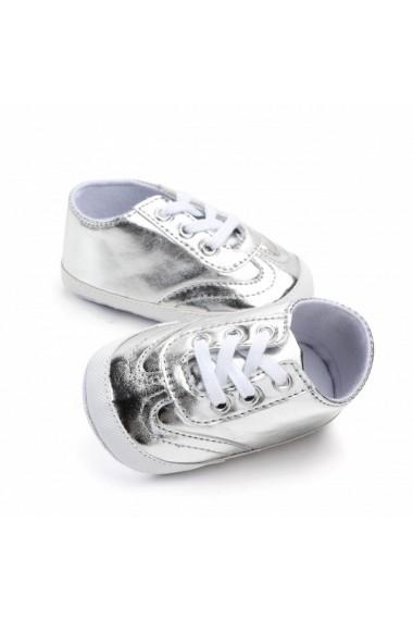 Adidasi arginti pentru fetite