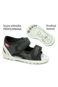 Sandalute pentru fetite negre cu fir argintiu