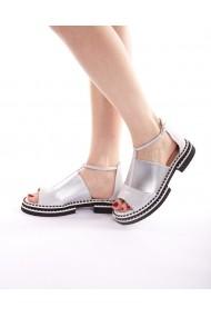 Sandale plate Bigiottos Shoes Missy argintii