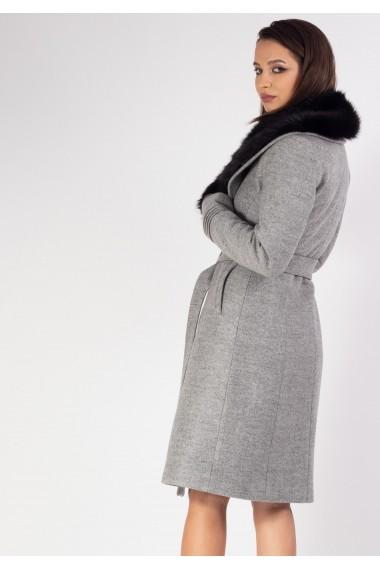 Palton cu guler din blana