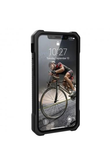 Husa iPhone 11 Pro UAG Monarch Series Carbon Fiber