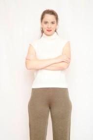 Top Carmen Grigoriu cashmere-alb