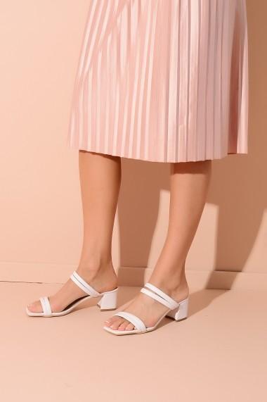 Sandale ShoesTime 20Y 800 alb
