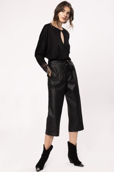 Pantaloni trei sferturi NISSA 3/4 cu efect de piele Negru