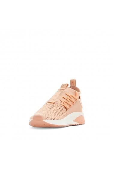 Pantofi sport Puma GFE848 corai
