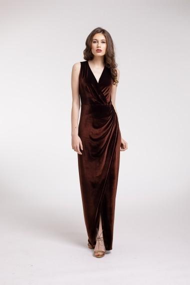 Rochie de seara Couture de Marie lunga din catifea maro si slit frontal