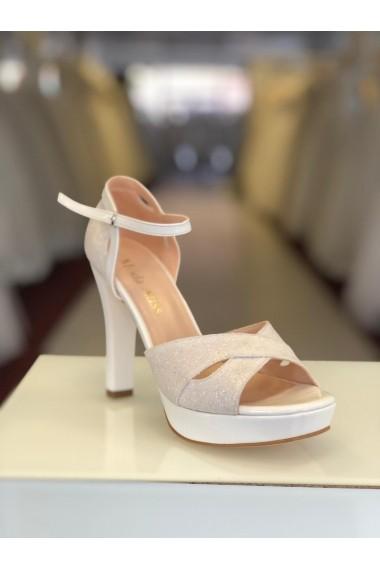 Sandale cu platforma Moda Aliss SD013 Crem