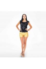 Pantaloni scurti din piele aurii